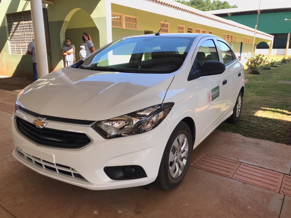 Imagem 1406 - Prefeitura de Nioaque entrega veículo 0 km, cadeira odontológica e uniformes escolares no Assentamento Uirapuru